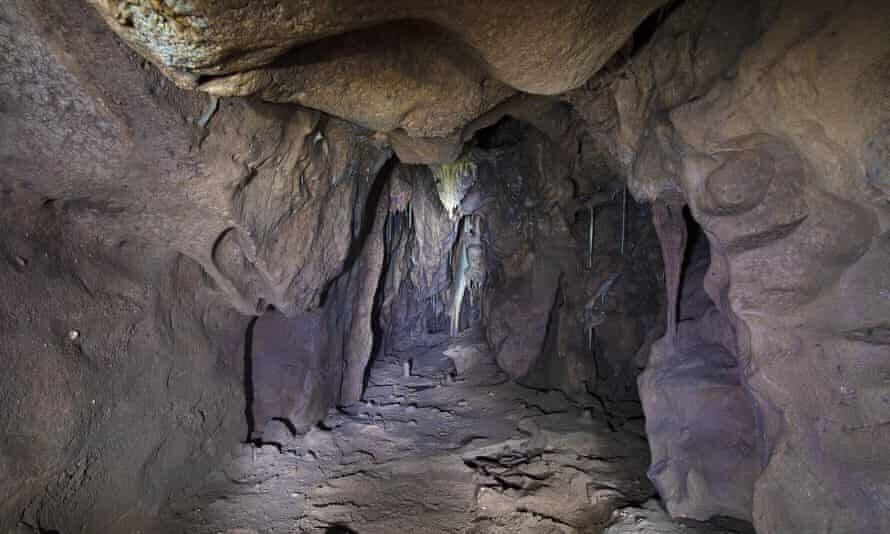 Пещера, где нашли следы неандертальцев