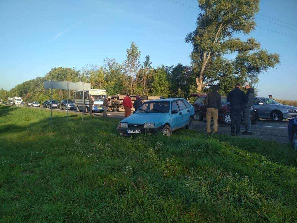 ДТП произошло на Львовщине.