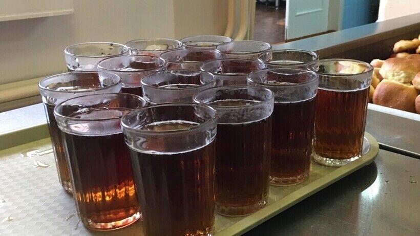 Багато хто пам'ятає з дитинства солодкий чорний чай з цитрусовим ароматом