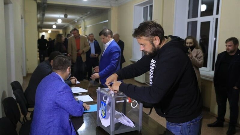 Голосование за отставку Владимира Буряка