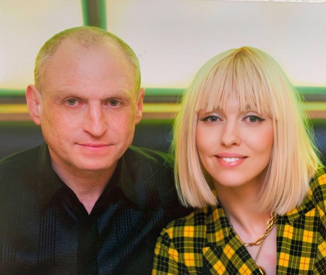 Оля Полякова вийшла заміж 2004 року