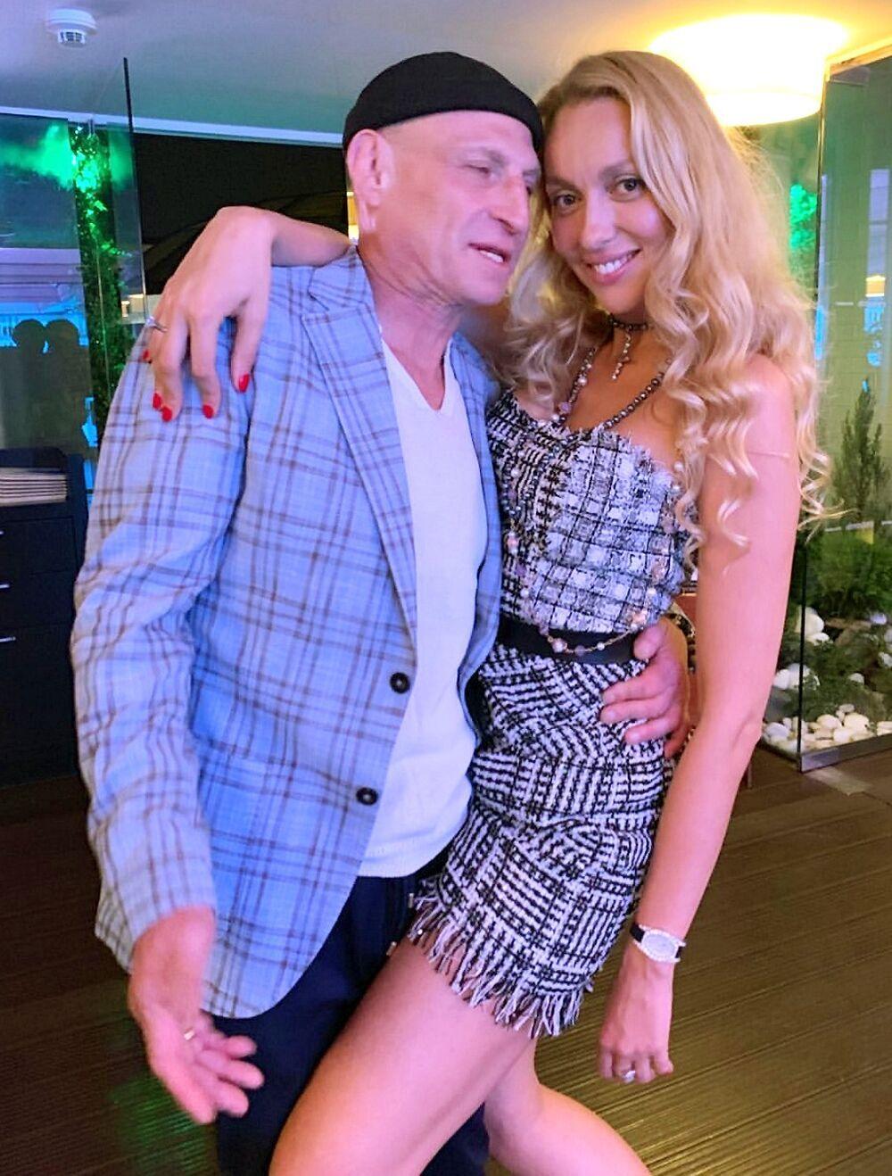 Оля Полякова розповіла подробиці про секс із чоловіком