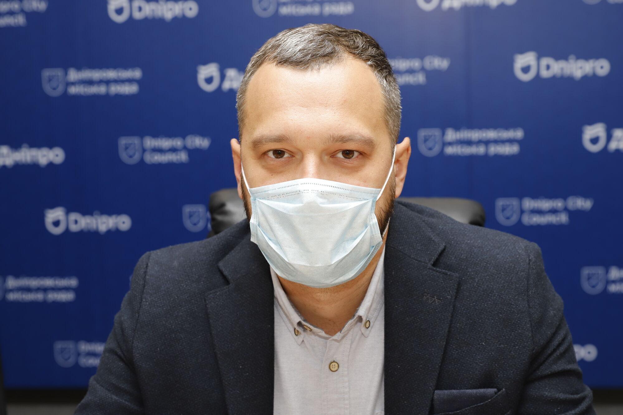 Директор департамента по вопросам местного самоуправления, внутренней и информационной политики горсовета Артем Ниделько