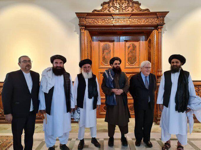 """Представители """"Талибана"""" встретились с замгенсека ООН"""