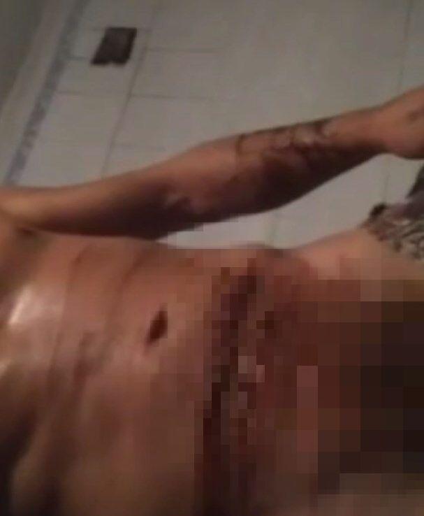 Чоловік надсилав дівчинці відео з порізами на його тілі.