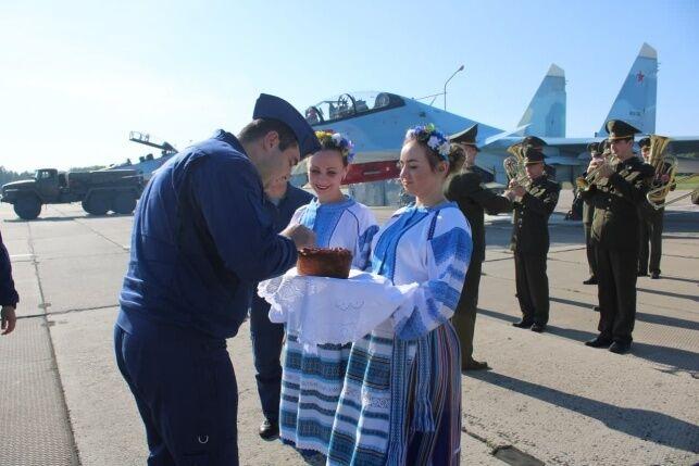 Встреча военнослужащих из России
