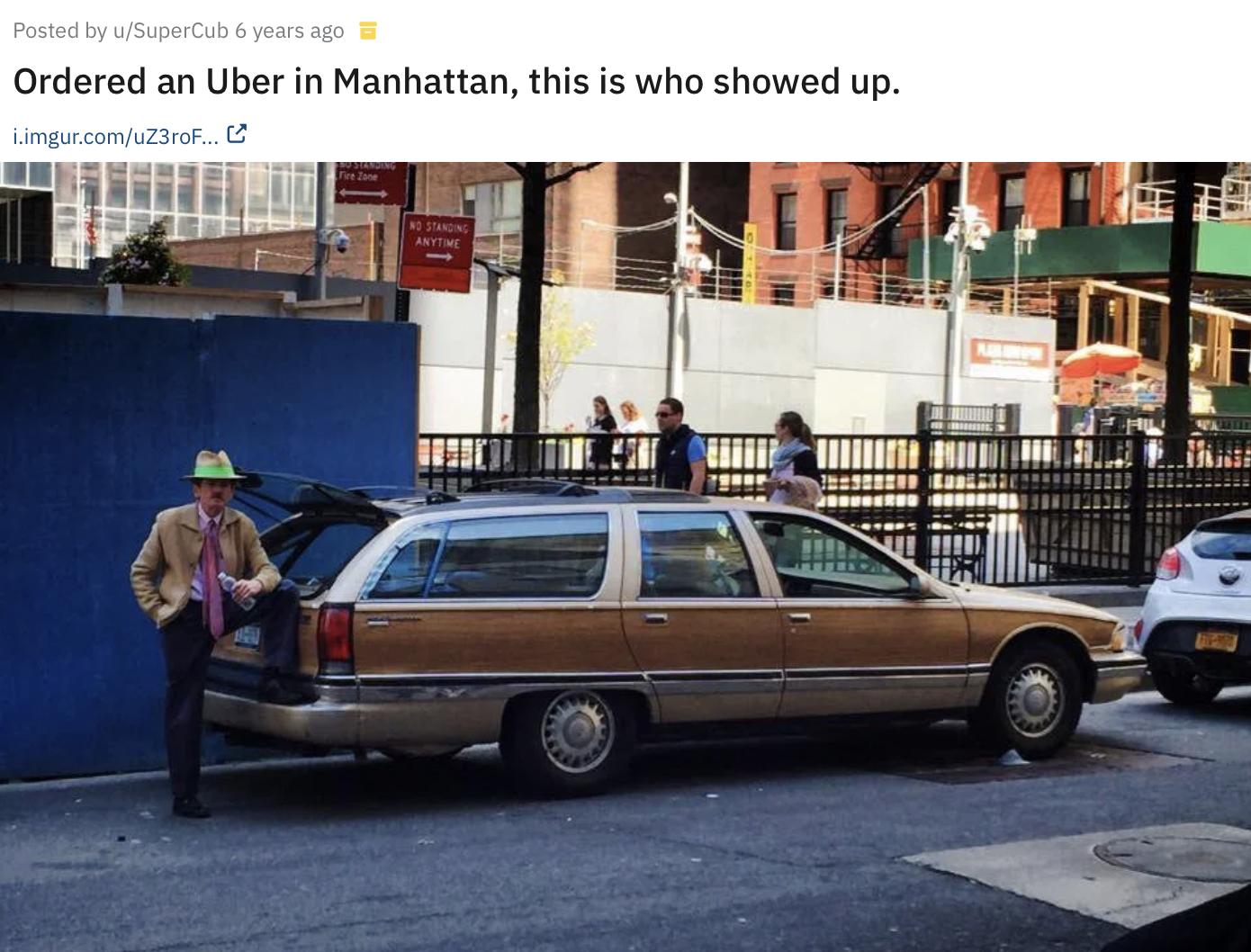 Елегантний таксист на Мангеттені.