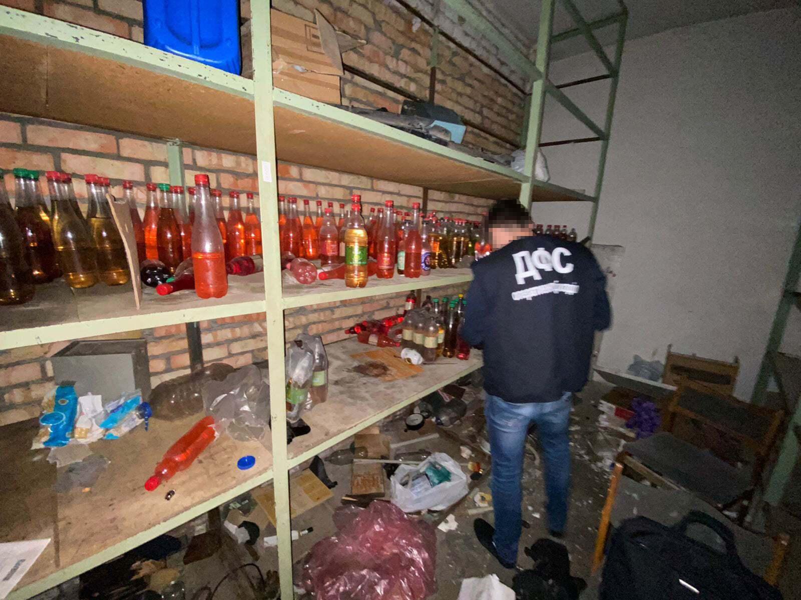 Фальсифіковані напої збувалися на території Запорізької області та за її межами