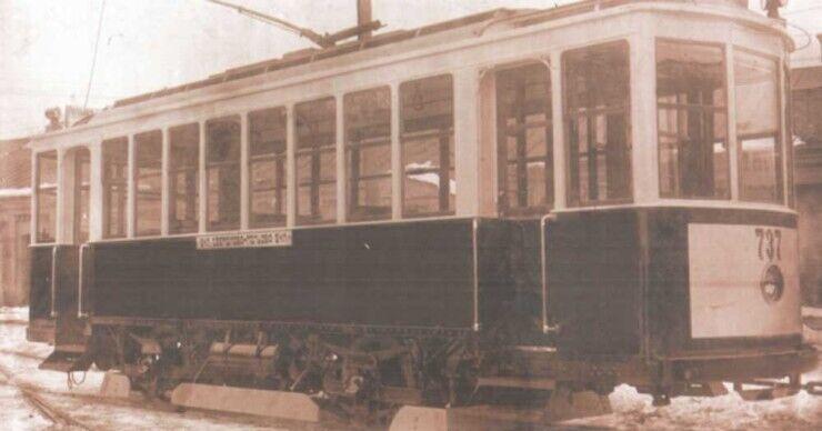 Двухосный вагон Киевского типа.
