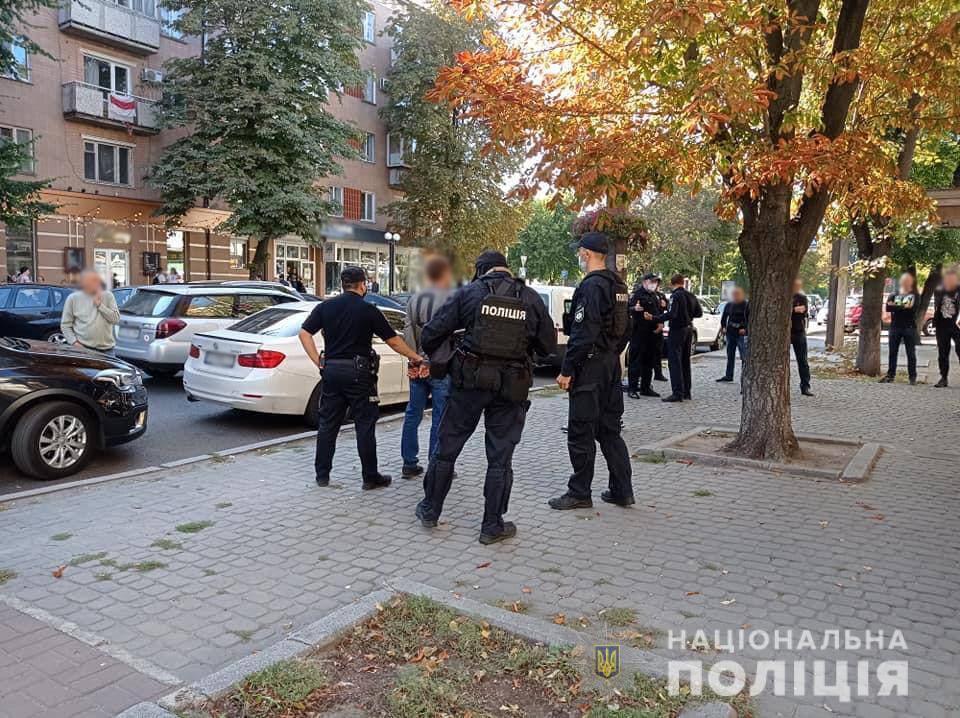 Правоохоронці затримали учасників конфлікту.