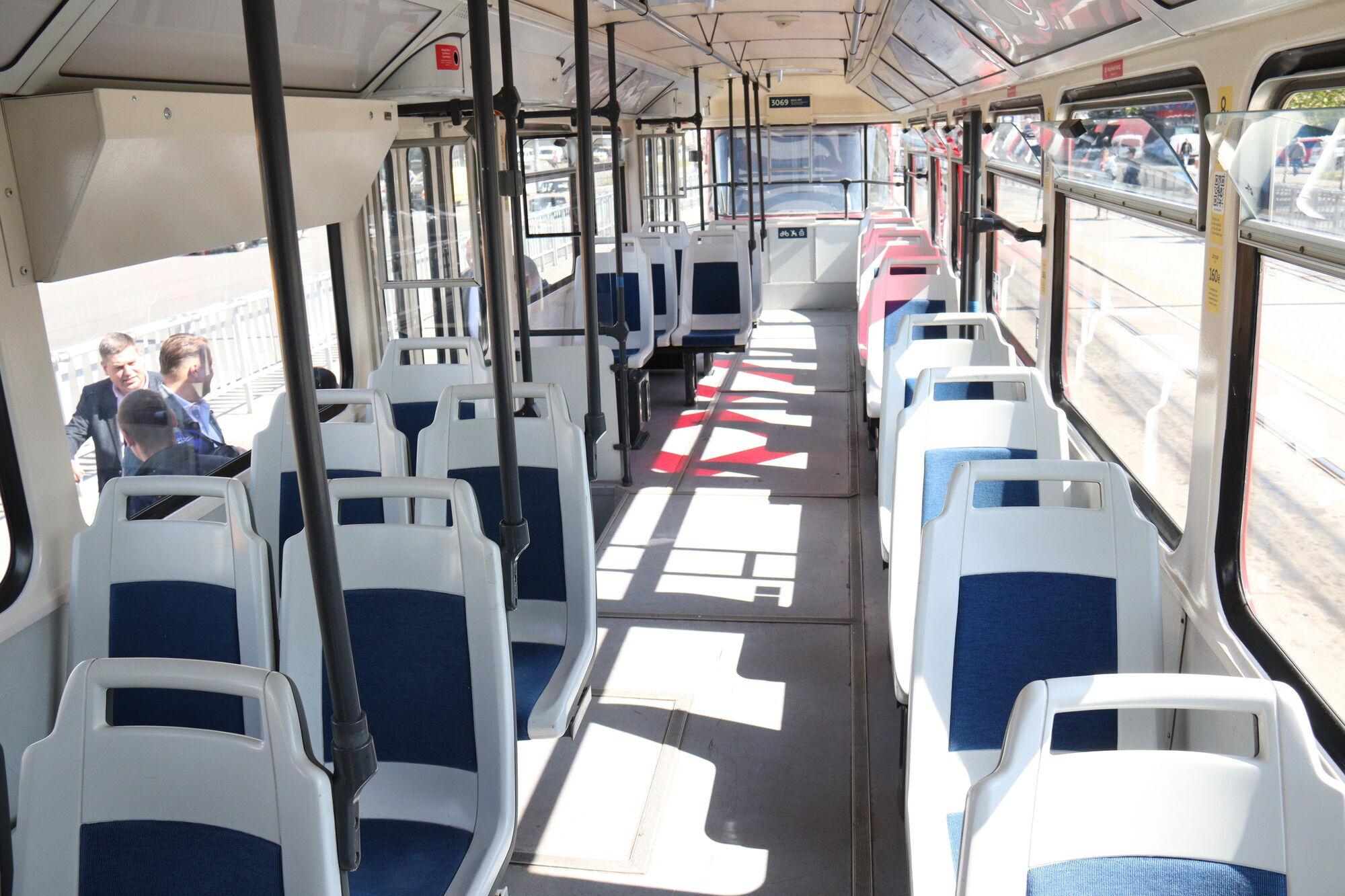 Трамваи имеют плавный пуск, что безопасно для пассажиров
