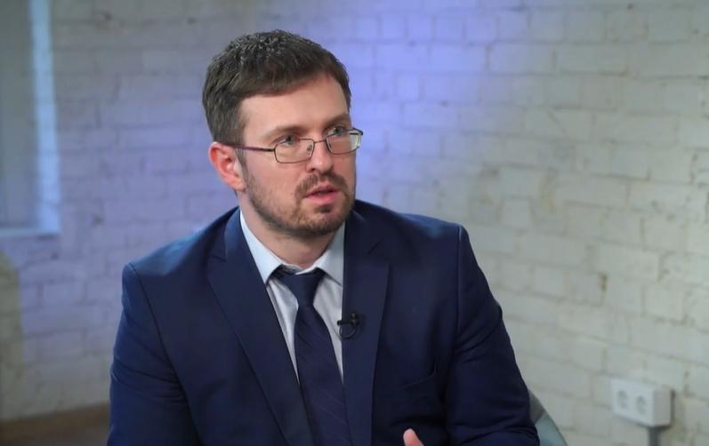 Ігор Кузін відповідає на питання щодо вакцинації.