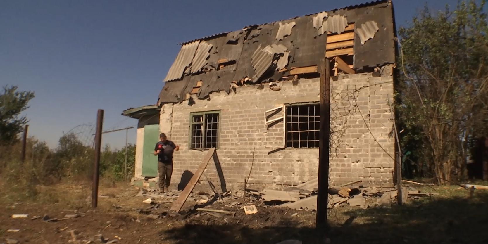 В результате обстрела были повреждены несколько домов