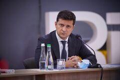 Зеленский поручил СНБО обеспечить украинцев питьевой водой