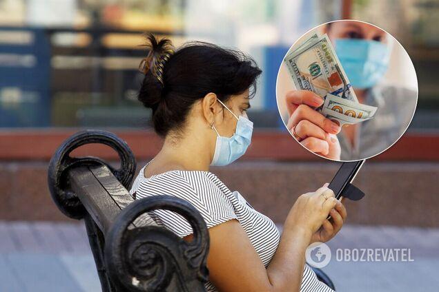 Вчені кажуть, що COVID-19 здатен виживати на поверхні грошей і телефонів