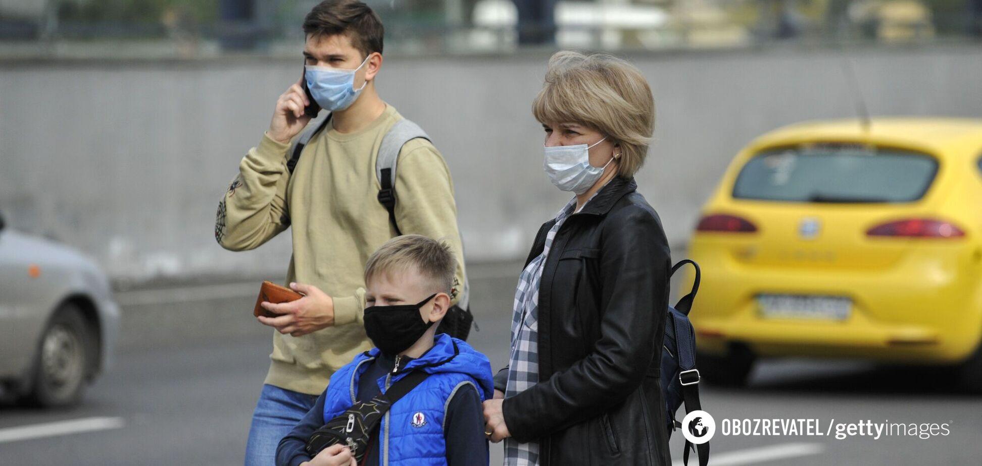 Лікар розповів про нюанси зараження COVID-19 у родині