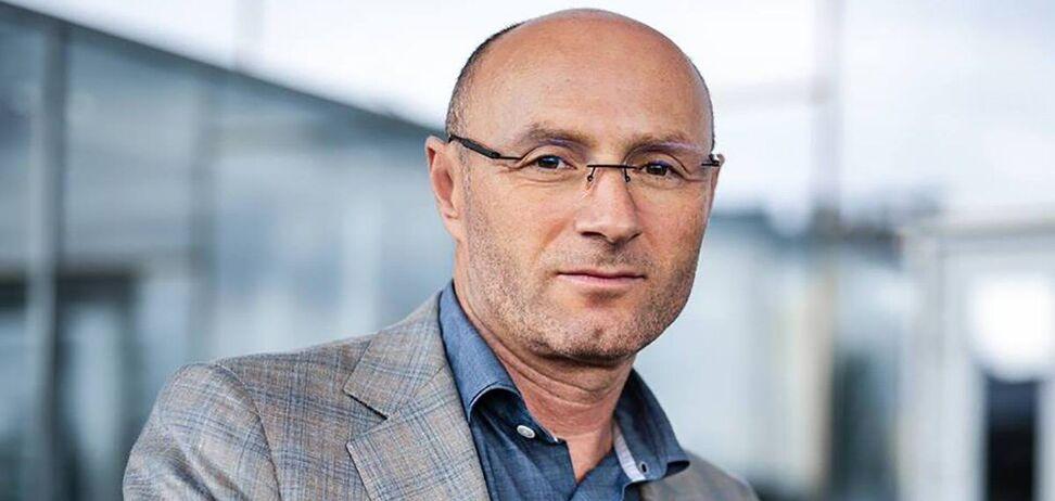 Евгений Дыхне