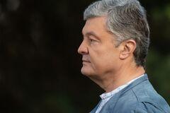 Порошенко призвал украинцев соблюдать правила карантина, а Зеленского – не манипулировать в день голосования