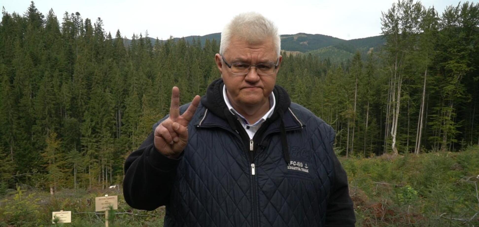 Сивохо разом з жителями Донбасу висадив 2,5 тис. 'дерев єдності' у Карпатах