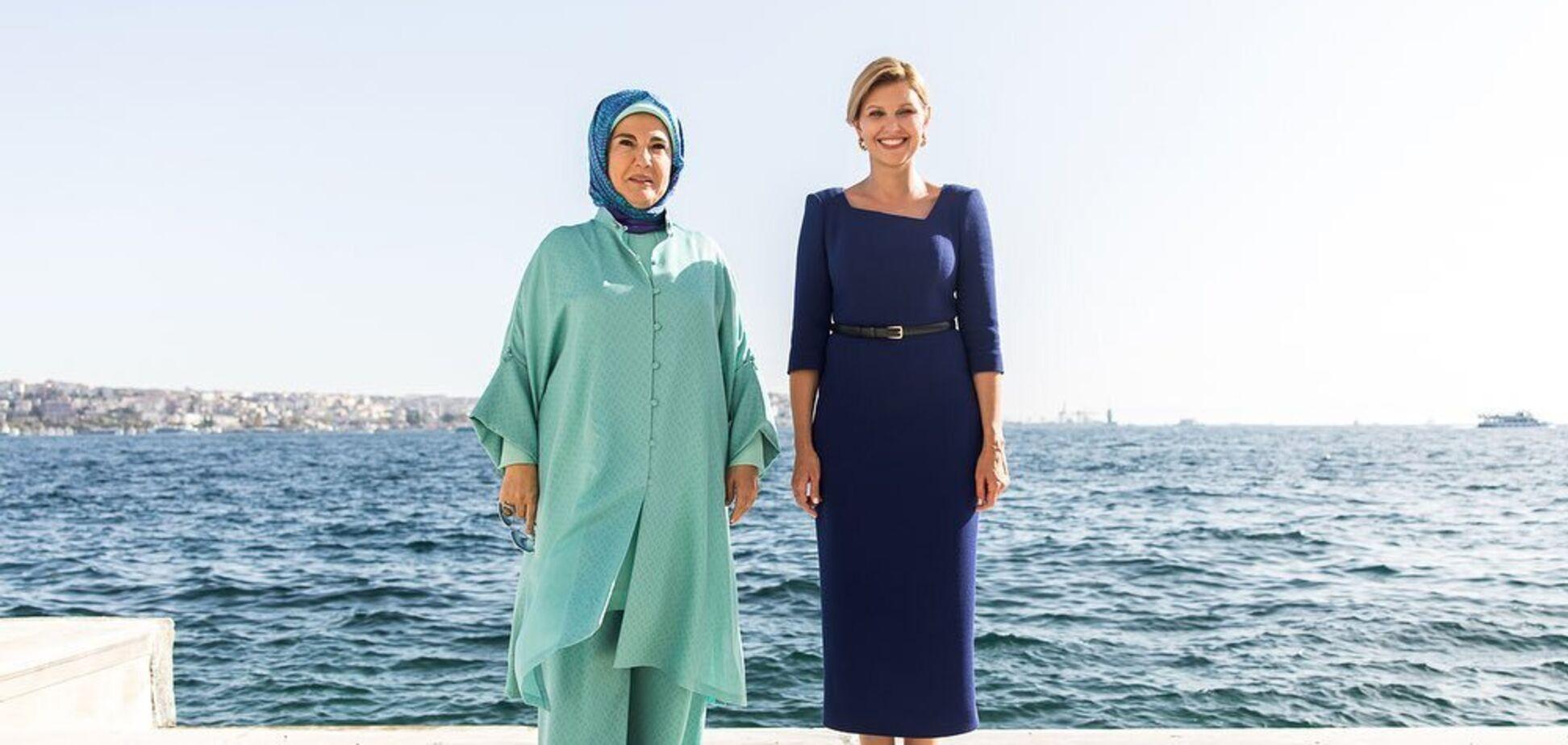 Зеленская встретилась с первой леди Турции и вызвала дискуссию своим нарядом
