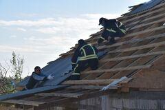 Негода в Україні пошкодила дахи 140 будівель