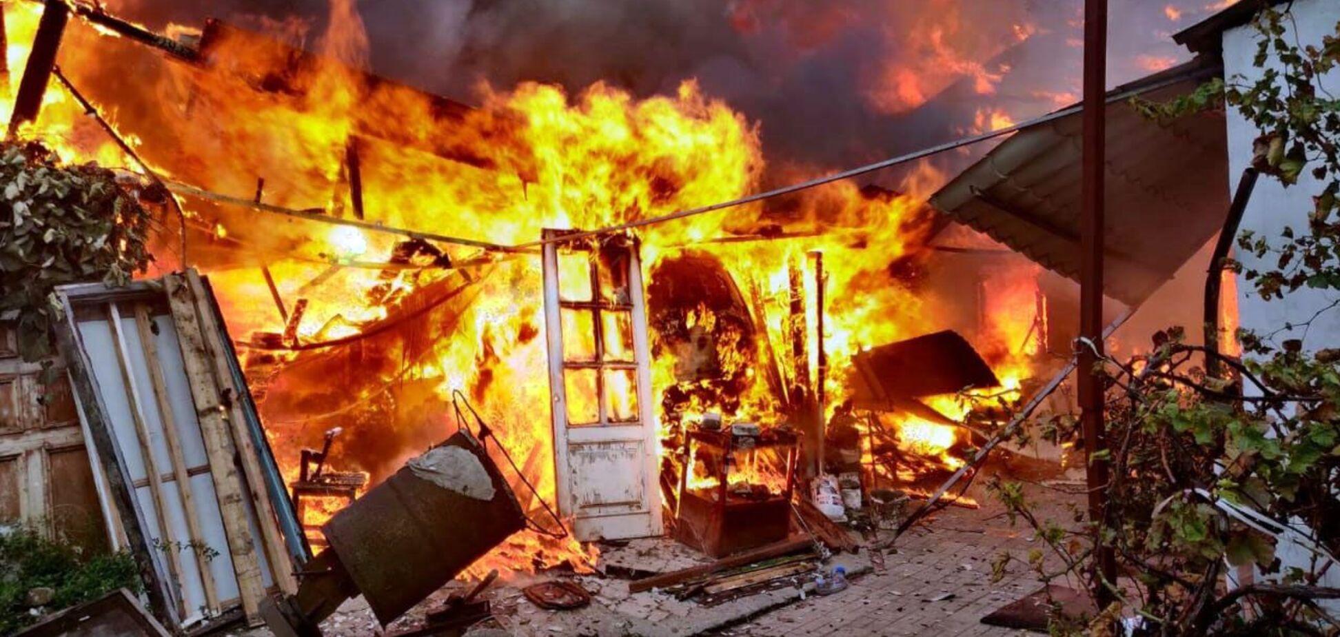В Днепре во время крупного пожара погибла 81-летняя женщина. Фото