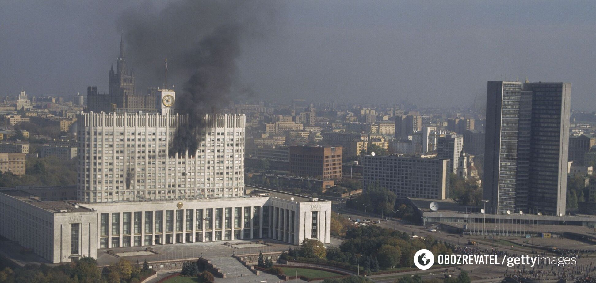 У жовтні 1993 року в Москві розгорнулися бої між прихильниками президента Бориса Єльцина і Верховної Ради