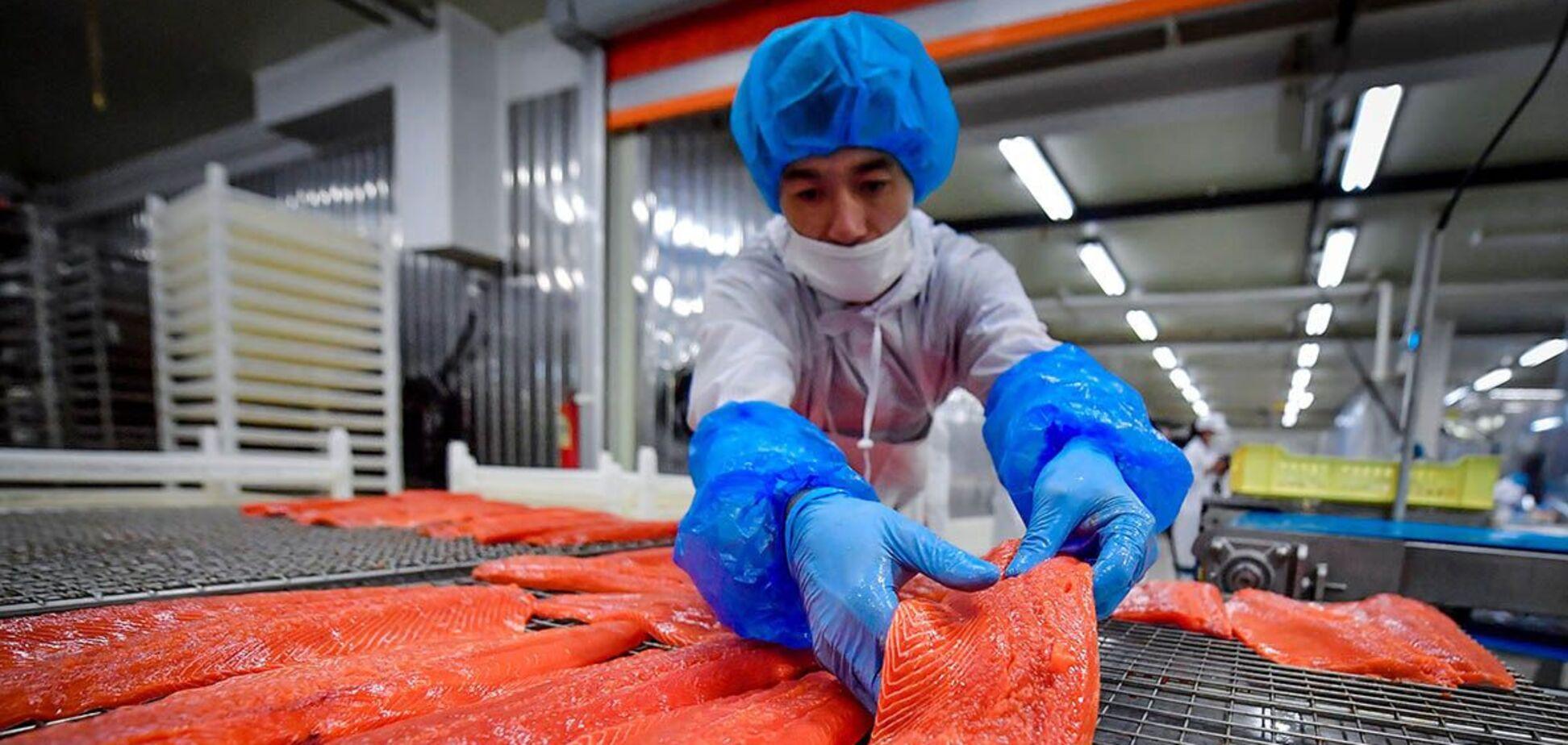 Китай начал ограничивать импорт российской рыбы