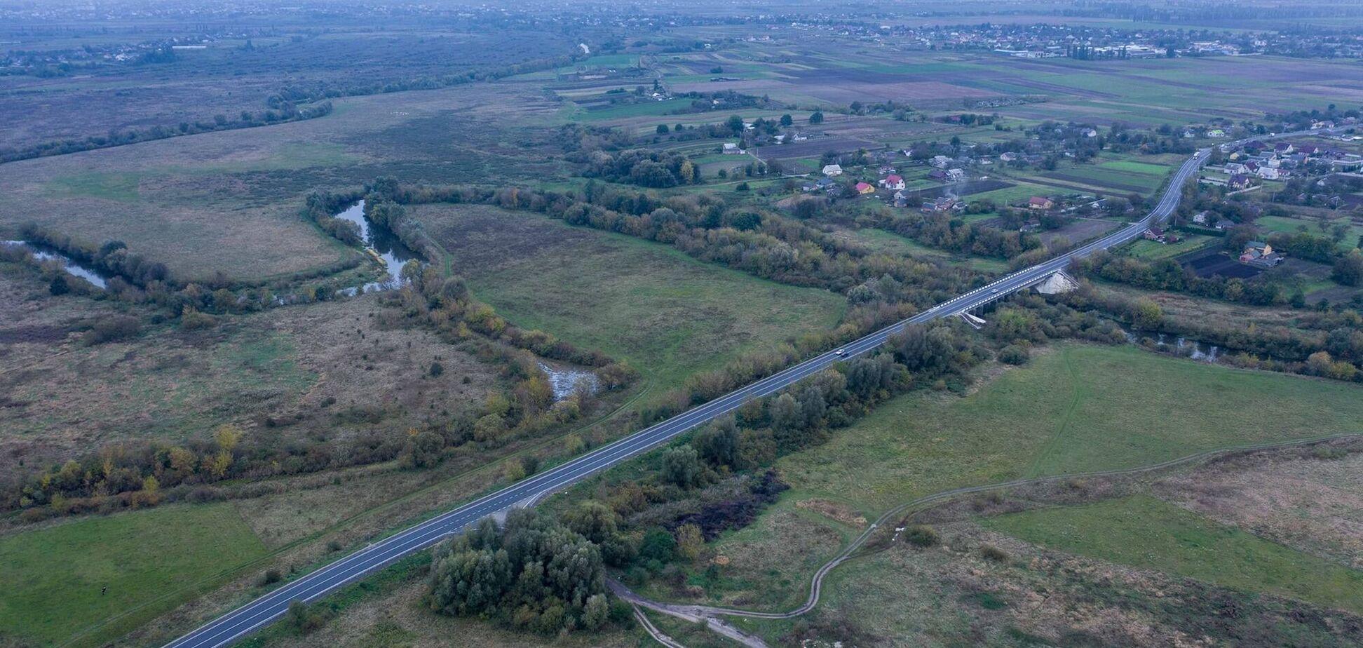 На Волыни показали ровные дороги после ремонта. Фото
