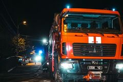 У Дніпрі з палаючого будинку пожежники врятували трьох дітей