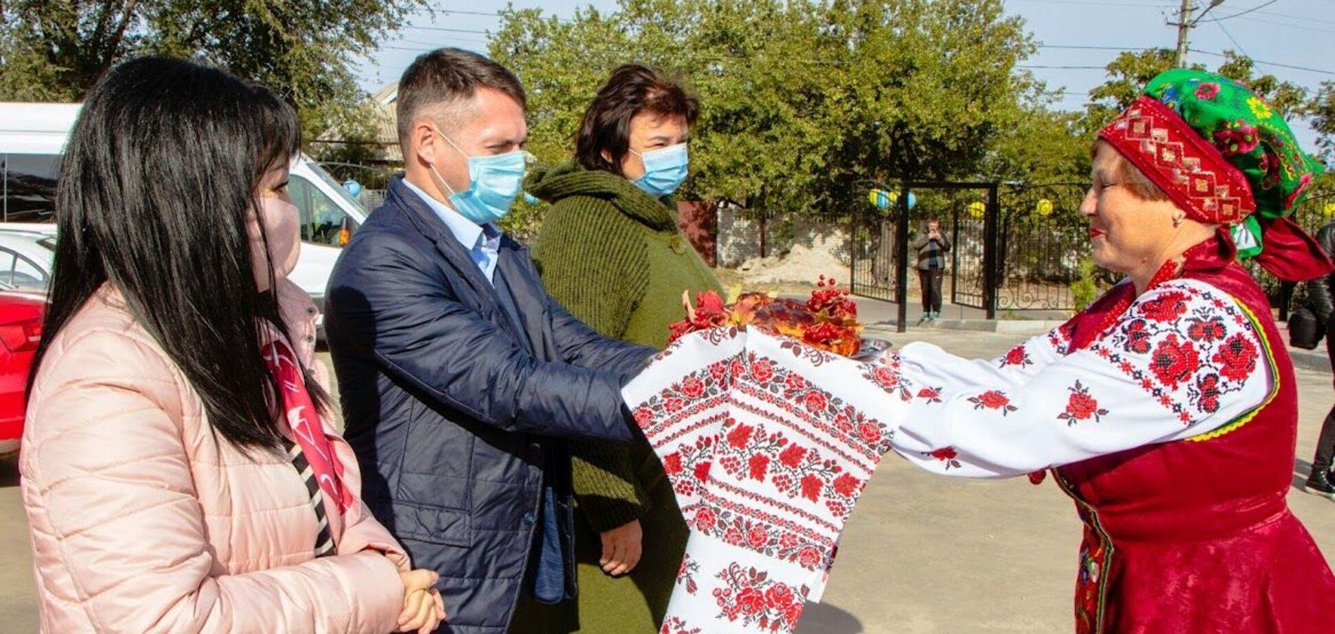 У Дніпрі після реконструкції відкрили культурно-молодіжний центр 'Краснопiлля'