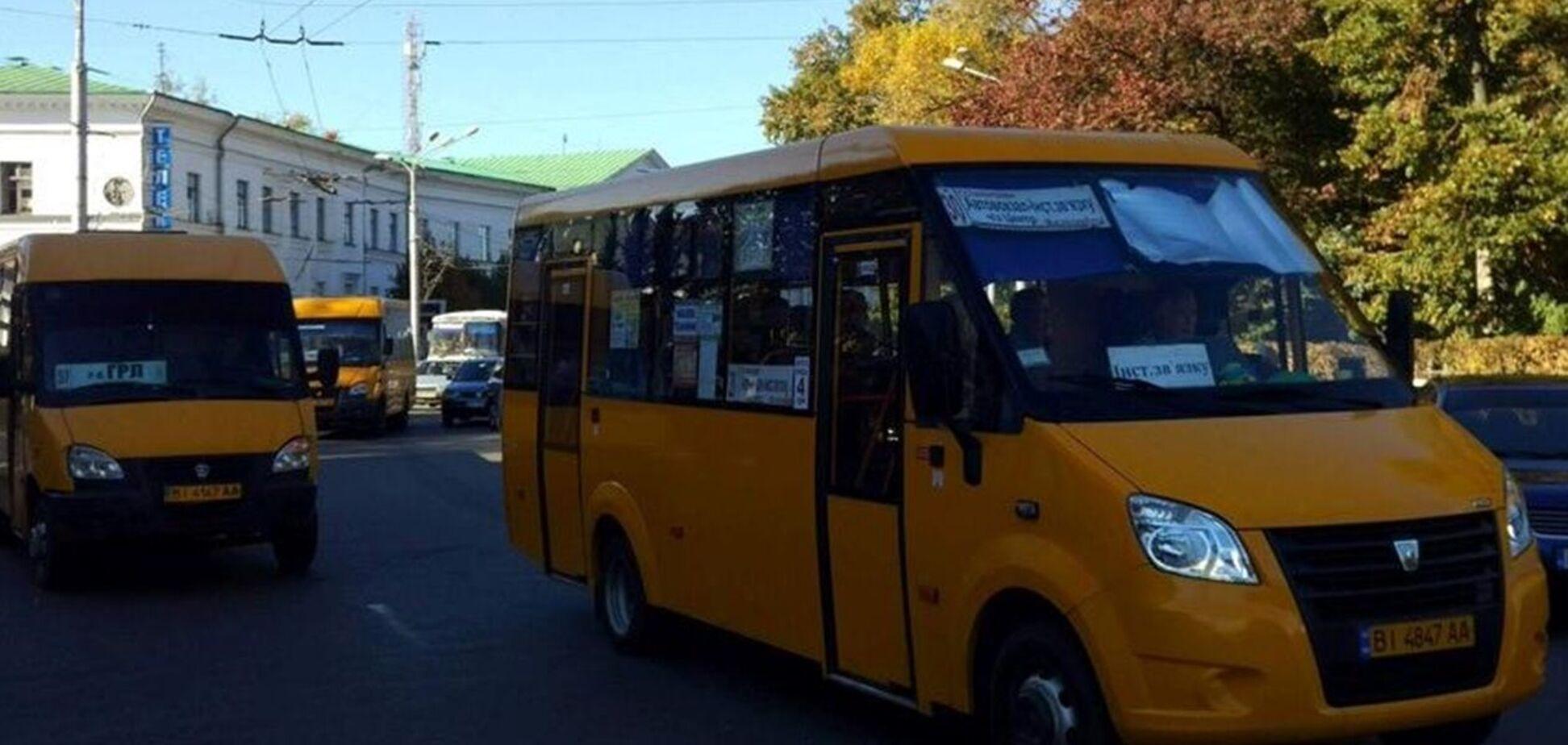 В Полтаве у маршрутки отказали тормоза (иллюстрация)