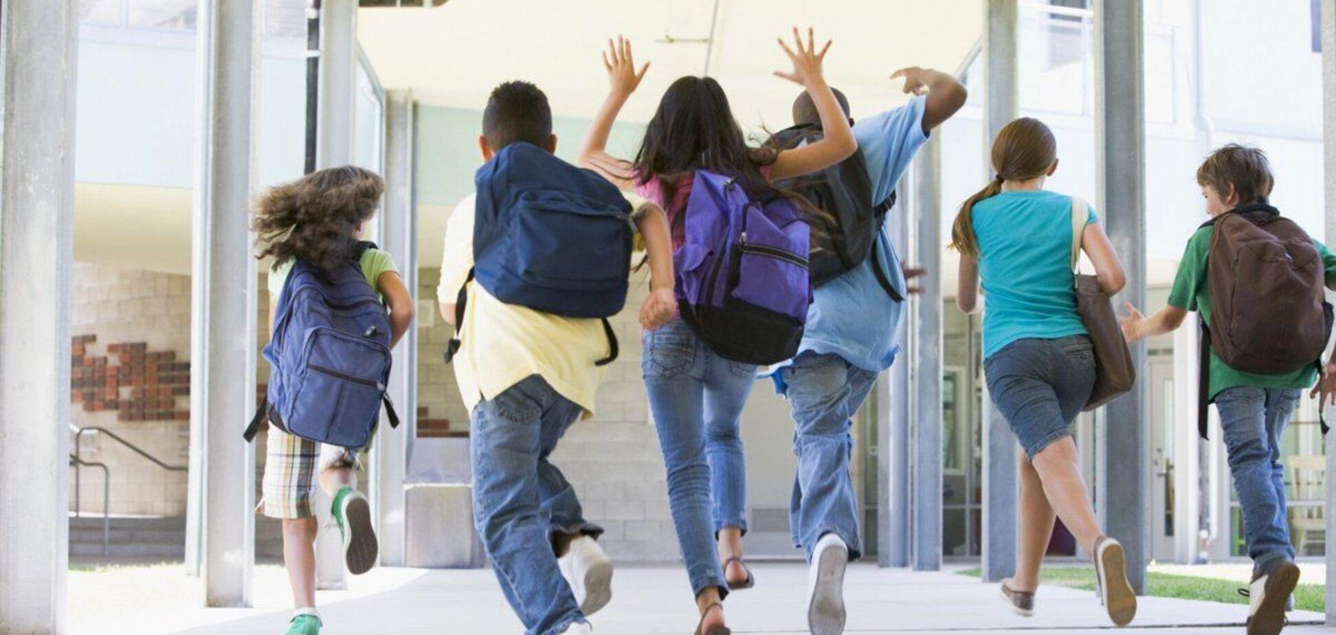 После завершения каникул школы могут перейти на дистанционную или смешанную форму обучения
