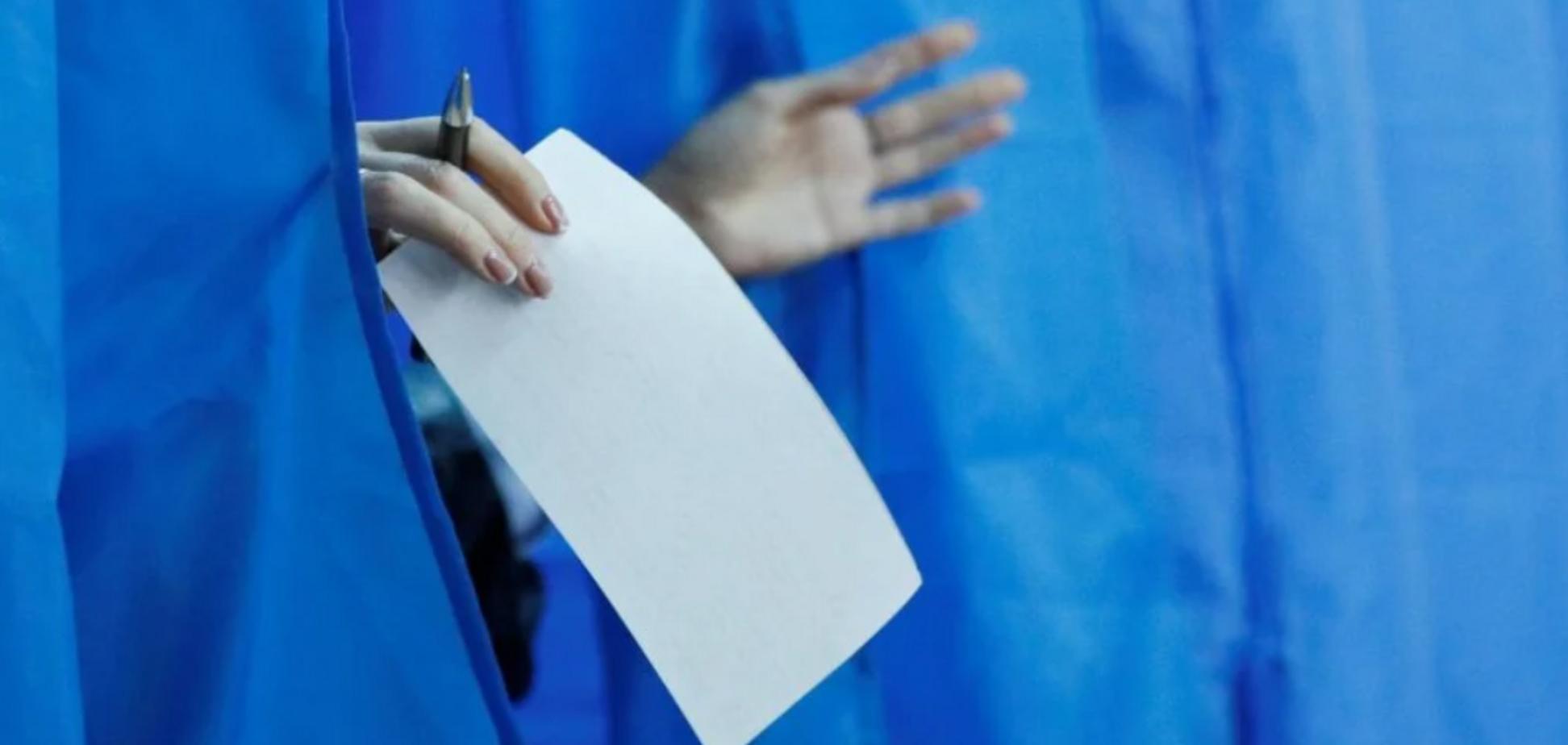 У МОЗ розповіли, як боротимуться з коронавірусом на виборчих дільницях