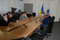 Посадовці у Дніпрі обговорили перспективи розвитку транспортного комплексу