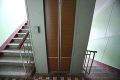 В Киеве в лифте с человеком оборвался трос