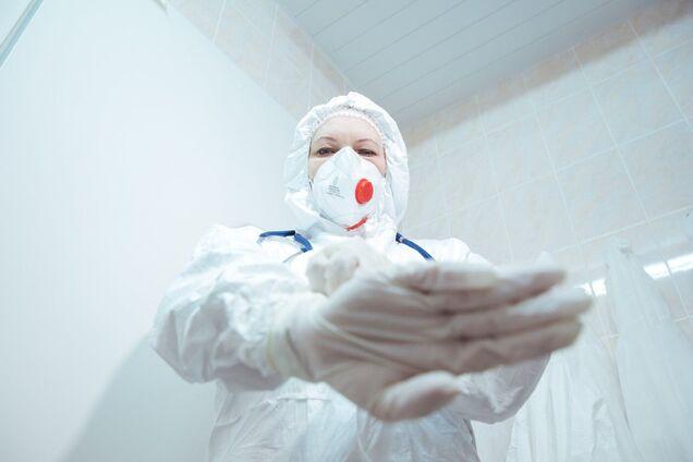 В Коломыйской инфекционной больнице работают 17 врачей