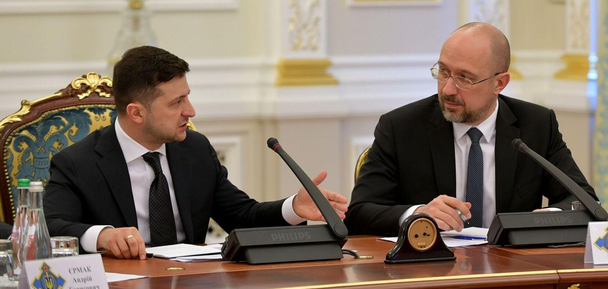 Правительству и президенту придется отвечать за непрофессионализм НКРЭКУ, – экономист