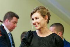 Зеленская пришла голосовать в молодежном образе
