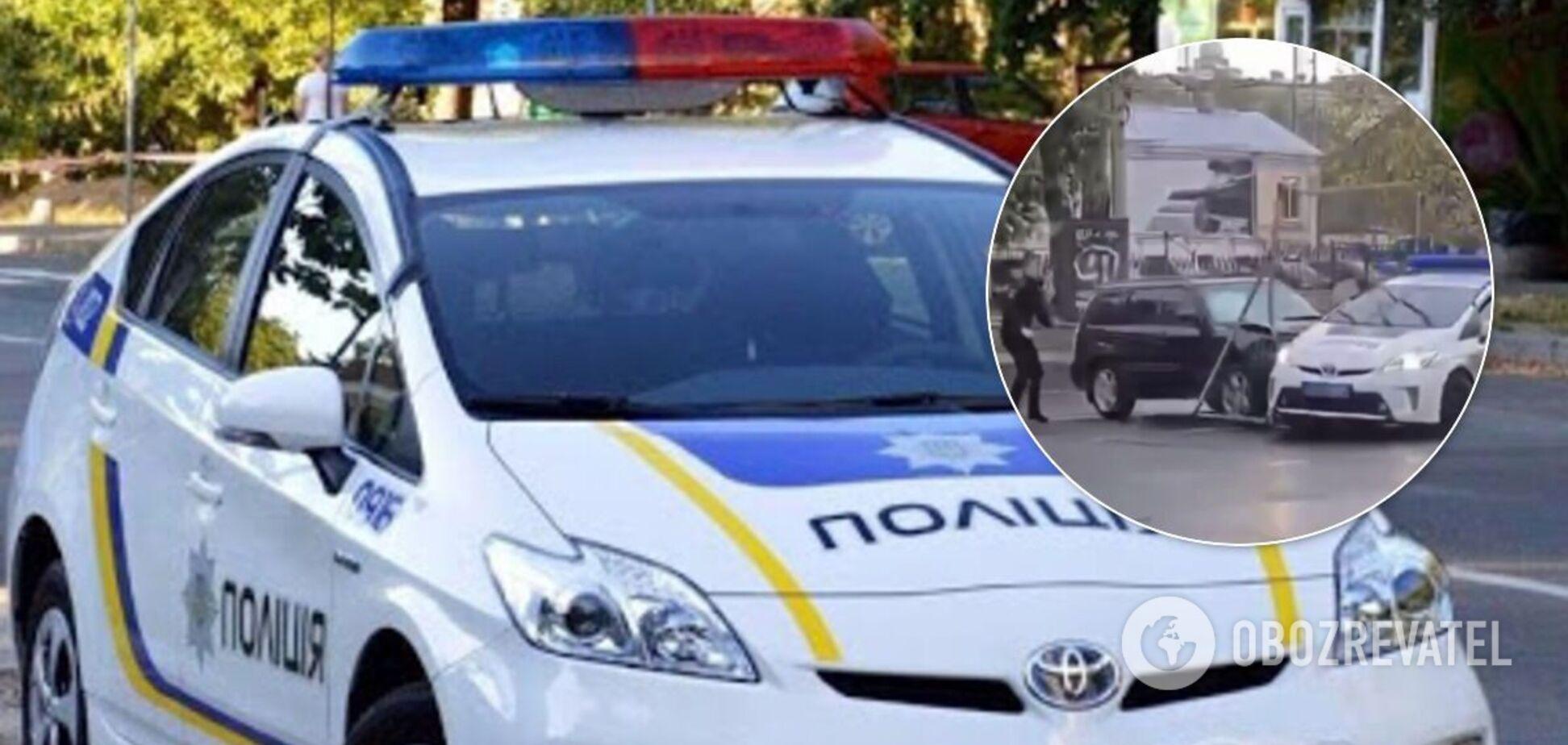 В Одессе водитель протаранил полицейское авто