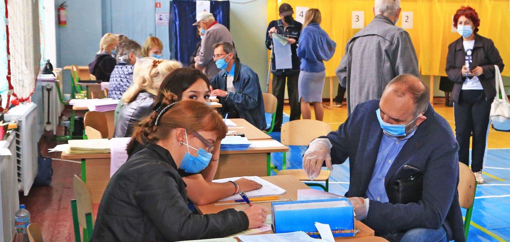В Одесі на виборах мера лідирує Геннадій Труханов
