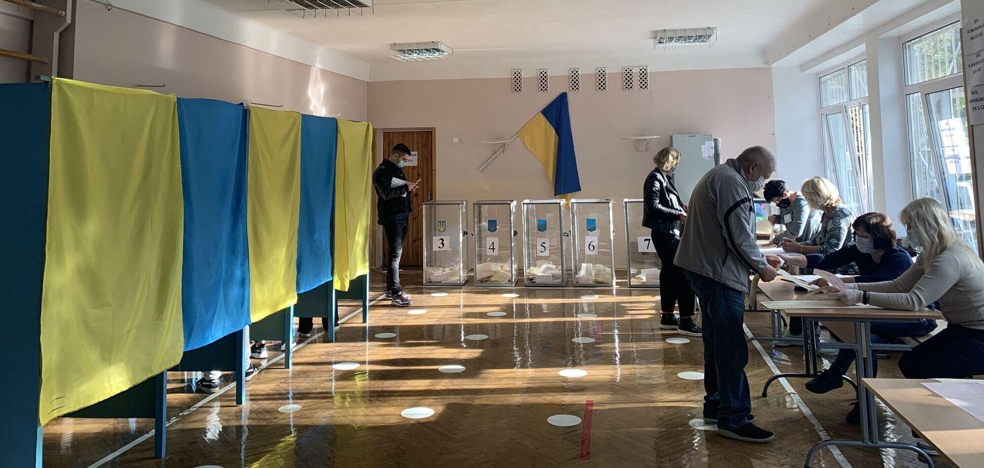 На виборчих дільницях України зафіксували п'ять ключових порушень