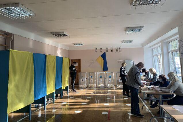 На избирательных участках Украины зафиксировали пять ключевых нарушений