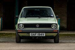 На продажу выставили VW Golf 1980 года с реальным пробегом 1200 км