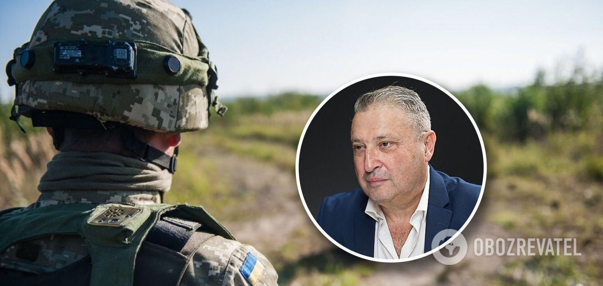 Офицер ВМС США: НАТО защитит Украину от интервенции, на Донбассе нужно действовать иначе