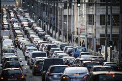 Развитые страны списывают в Африку миллионы подержанных авто – исследование