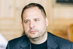 Андрей Ермак считает, что окончание войны на Донбассе может зависеть от него