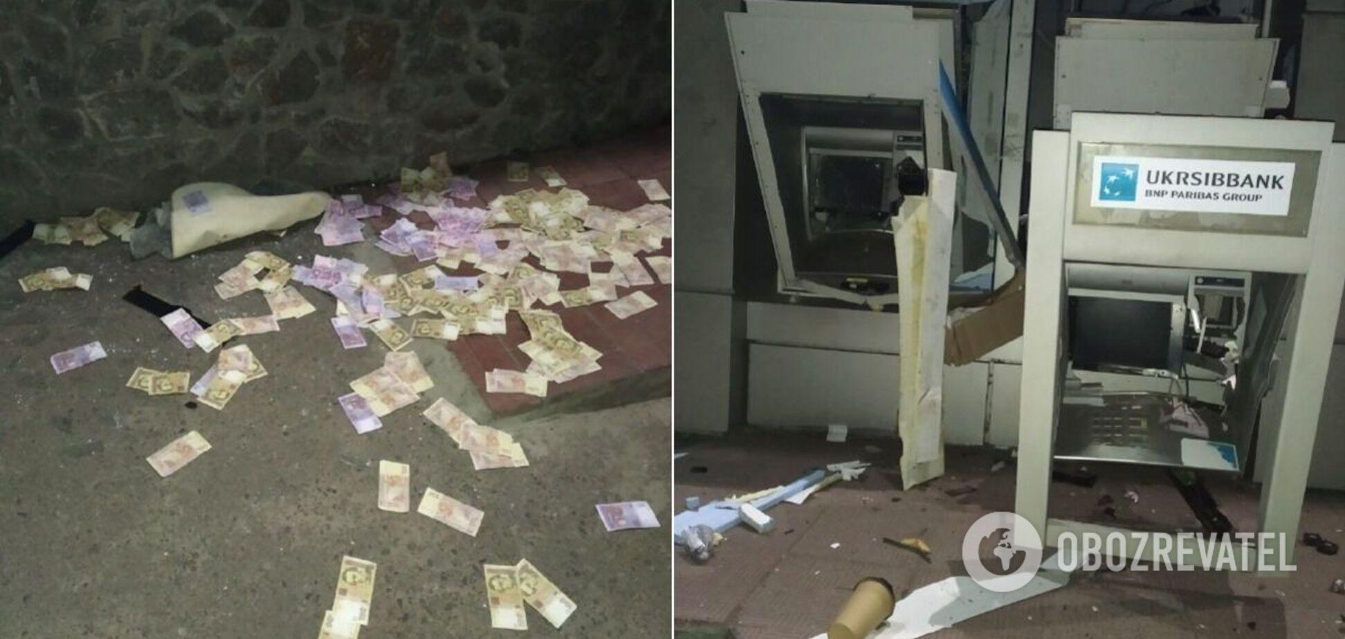 На Киевщине ночью взорвали банкоматы и украли деньги. Фото