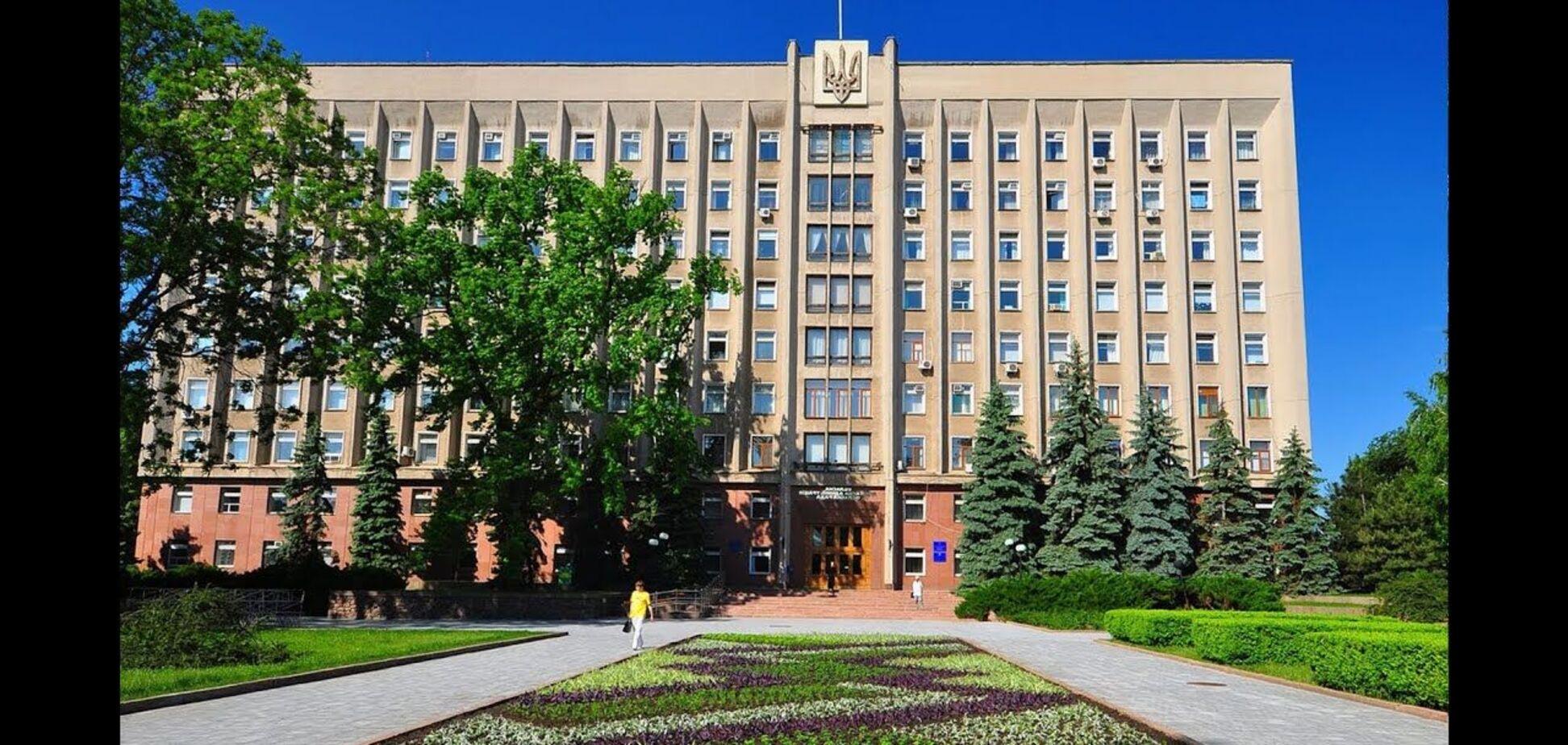 На выборах в Николаевский областной совет 'ЕС' получает 10,4% голосов