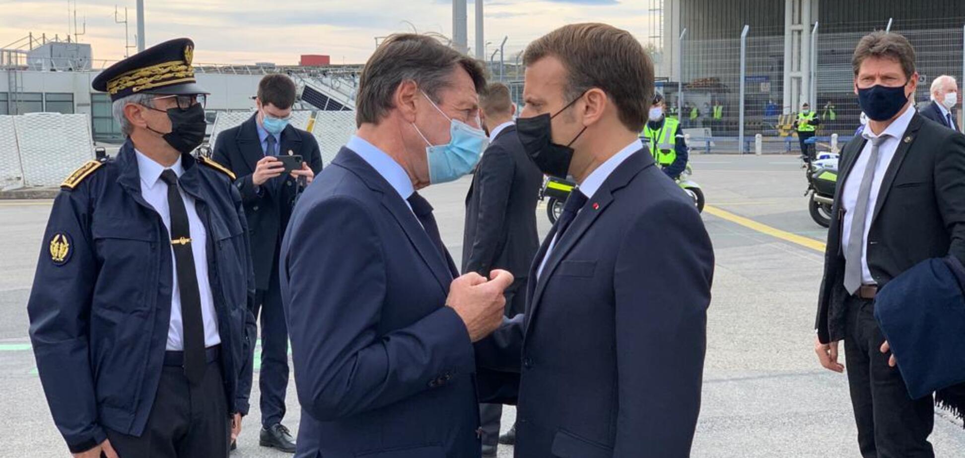 Макрон с мэром Ниццы Кристианом Эстрози